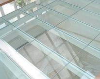 dalle de verre plancher de verre et sol en verre. Black Bedroom Furniture Sets. Home Design Ideas